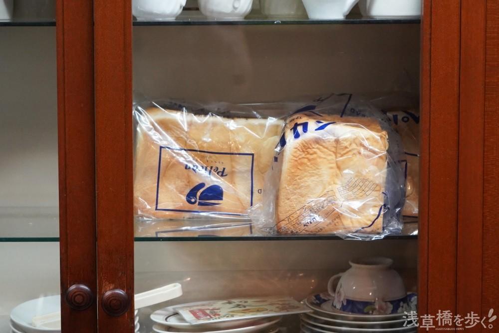 ペリカンのパンは、シンプルなバタートースト(390円)でも違いがわかるほど美味しい。